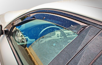 Poza cu Set paravanturi fata si spate, Mitsubishi Grandis, 2003-2011