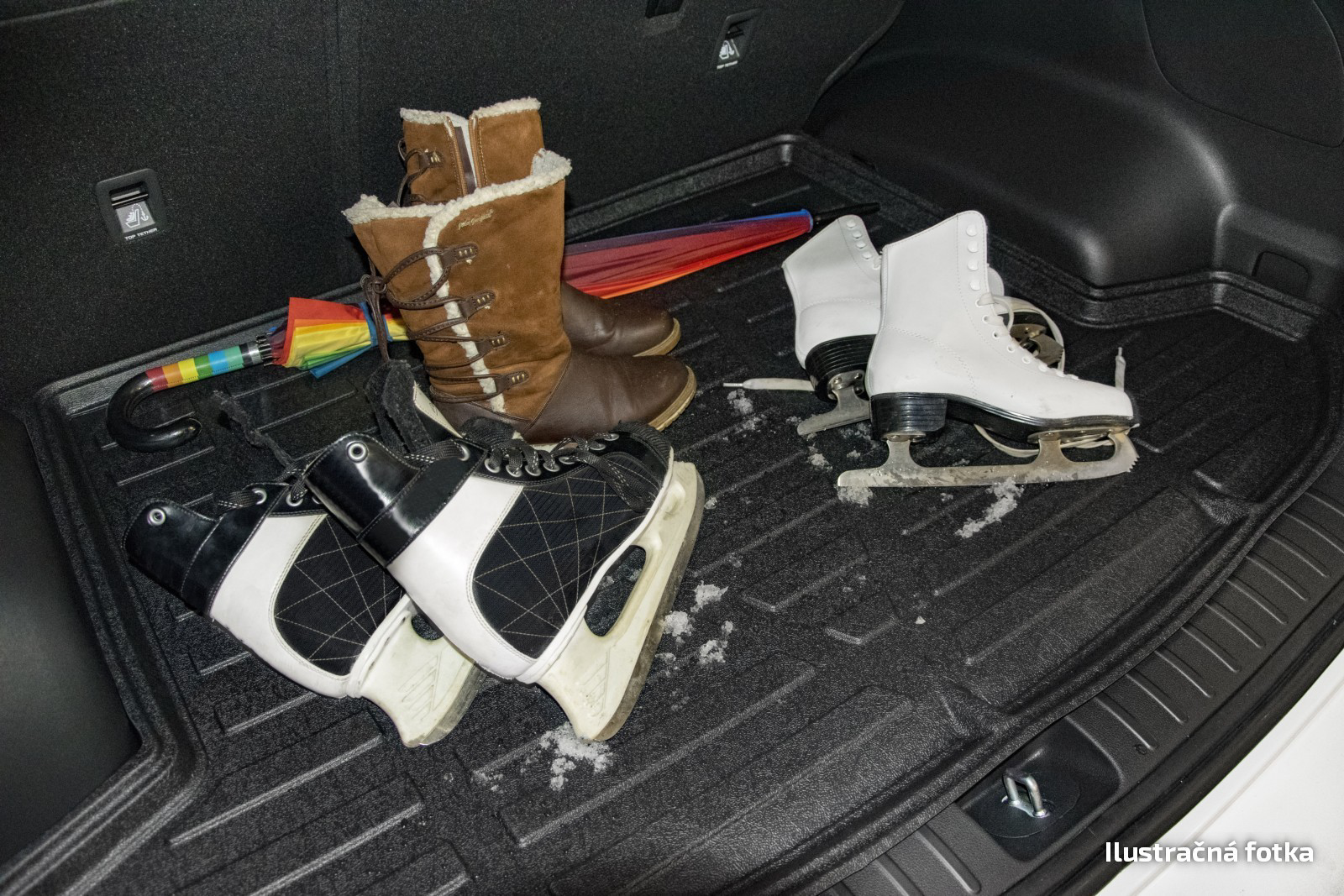 Poza cu Tavita de portbagaj STANDART, Peugeot  207, 2006-2012