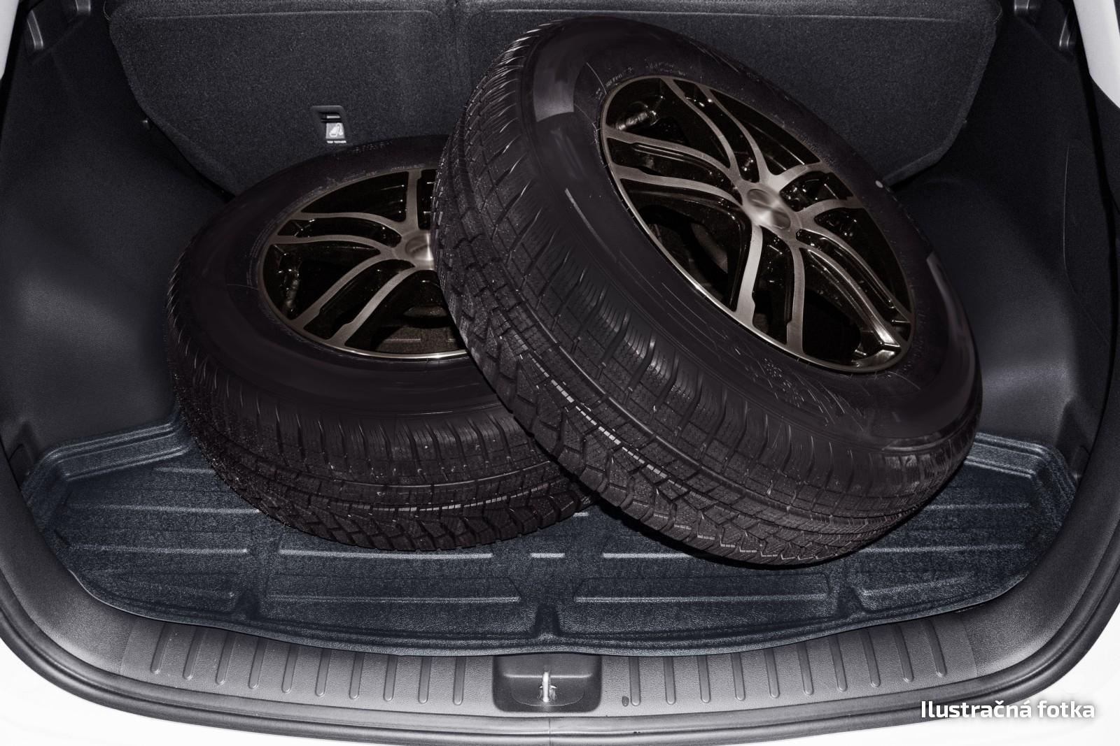 Poza cu Tavita de portbagaj STANDART, Volkswagen Caddy Life, 2005-