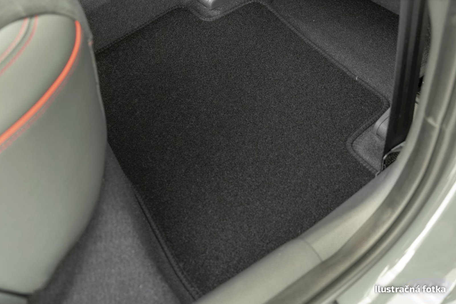 Poza cu Covorase din velur, Mitsubishi Space Wagon, 1999-2004