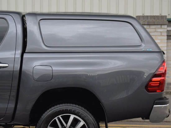 Poza cu Hardtop Aeroklas fara geamuri laterale cu inchidere centralizata, Toyota Hilux, 2015-