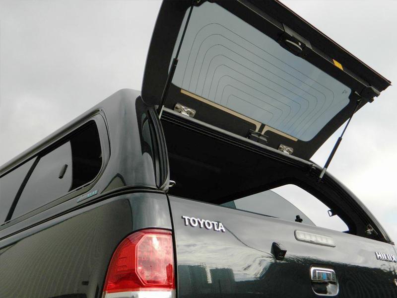 Poza cu Hardtop Aeroklas cu geamuri laterale glisante, Toyota Hilux, 2005-2015